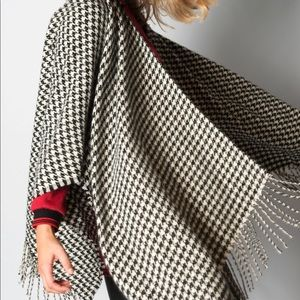 Jackets & Blazers - Black and Ivory Houndstooth Poncho